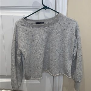 brandy melville rubber cropped crew neck!